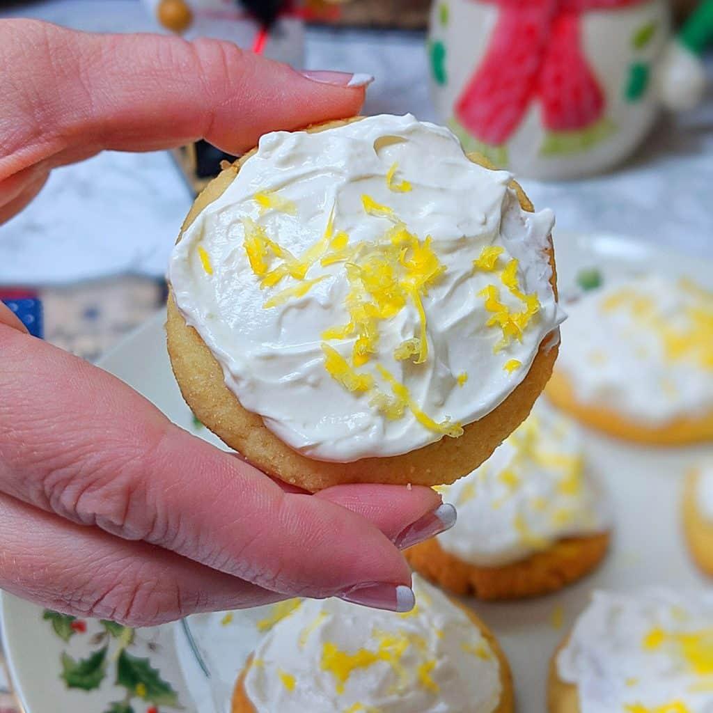 Low Carb Keto Lemon Shortbreak Cookies
