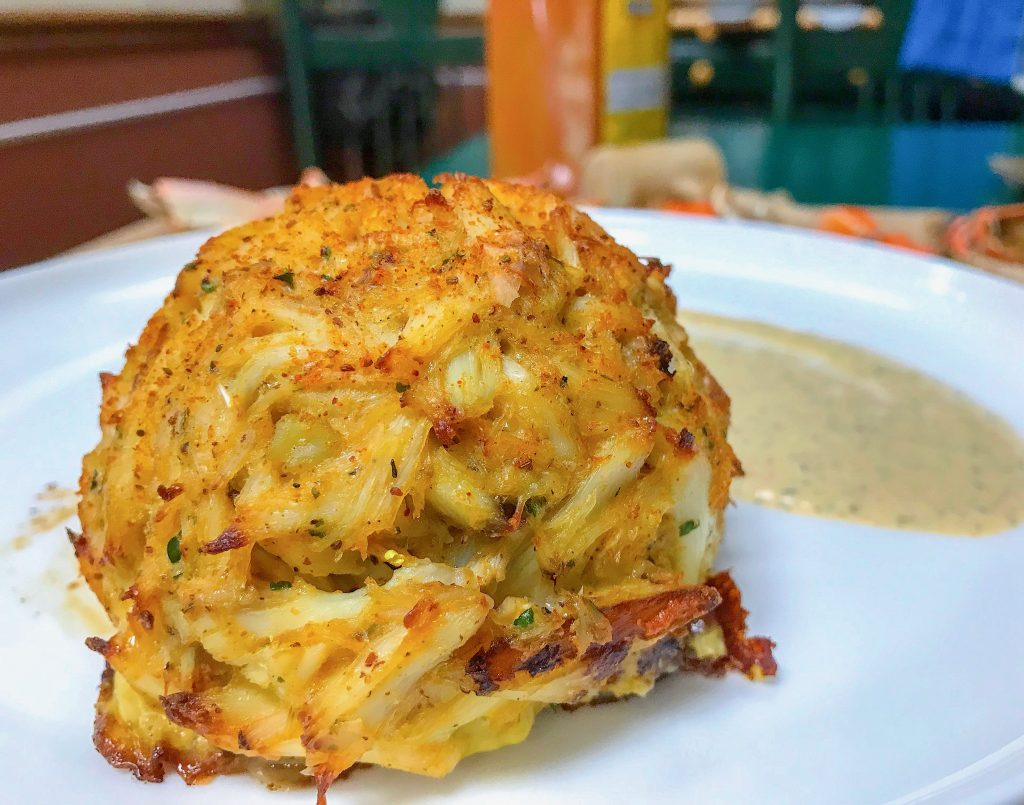 Low Carb Crab Cakes With Remoulade Sauce Culinary Lion