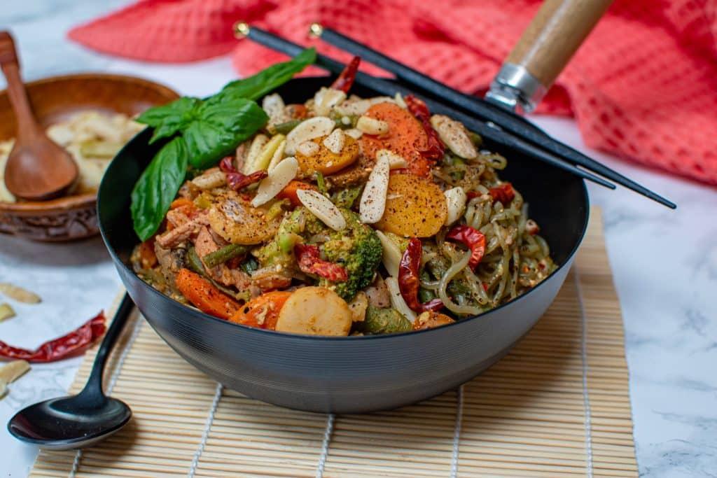 Thai Stir Fry Noodle Bowl