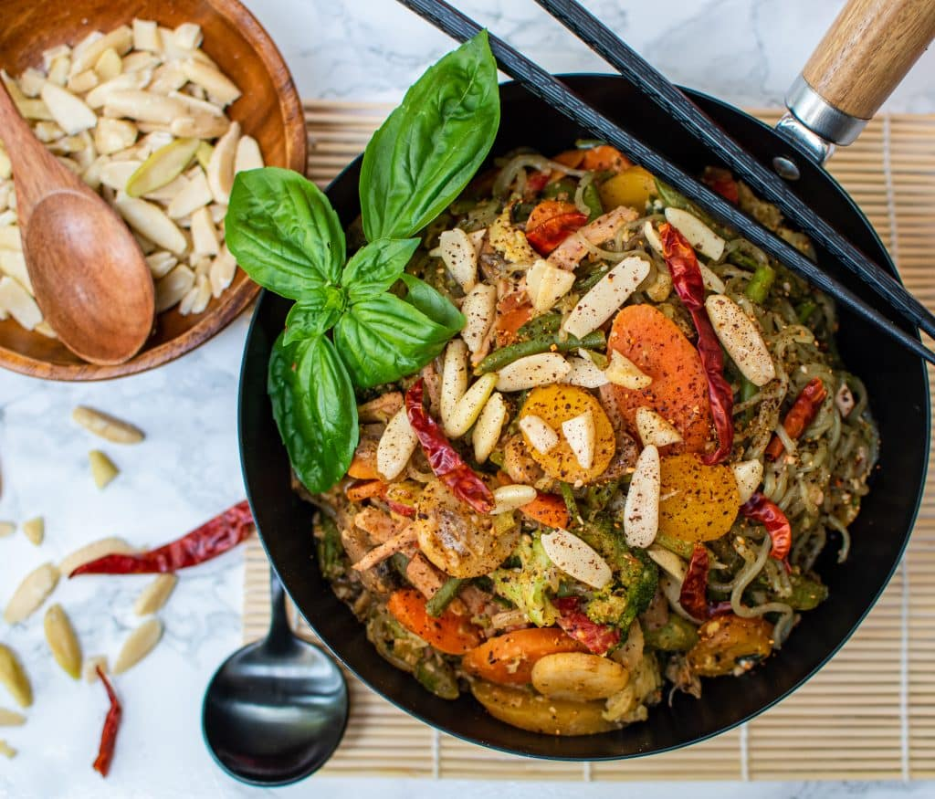 Low carb Miracle noodle stir fry bowl
