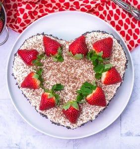 No Bake Cannoli Cheesecake