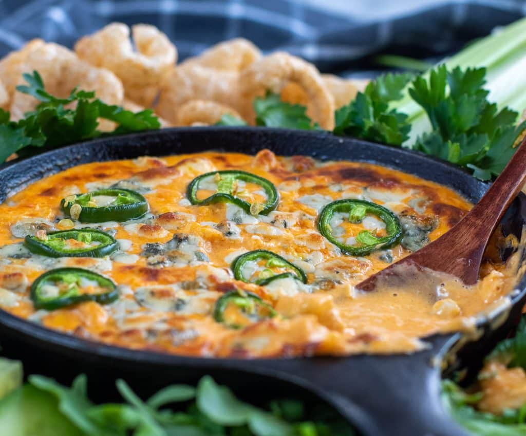cast iron buffalo chicken dip keto