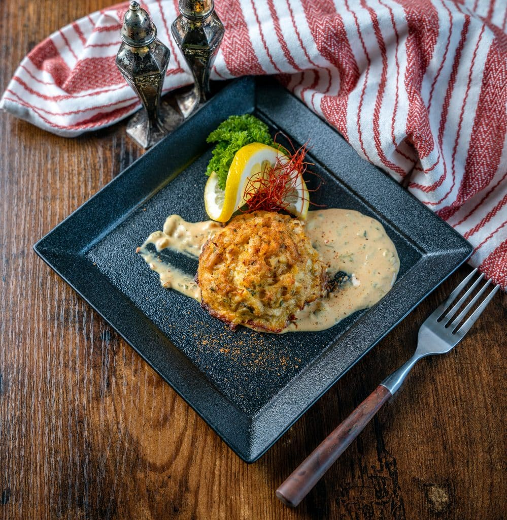 maryland style keto crab cakes with remoulade