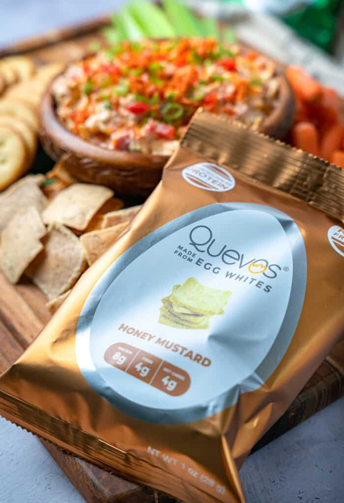quevos low carb crackers with keto pimento cheese
